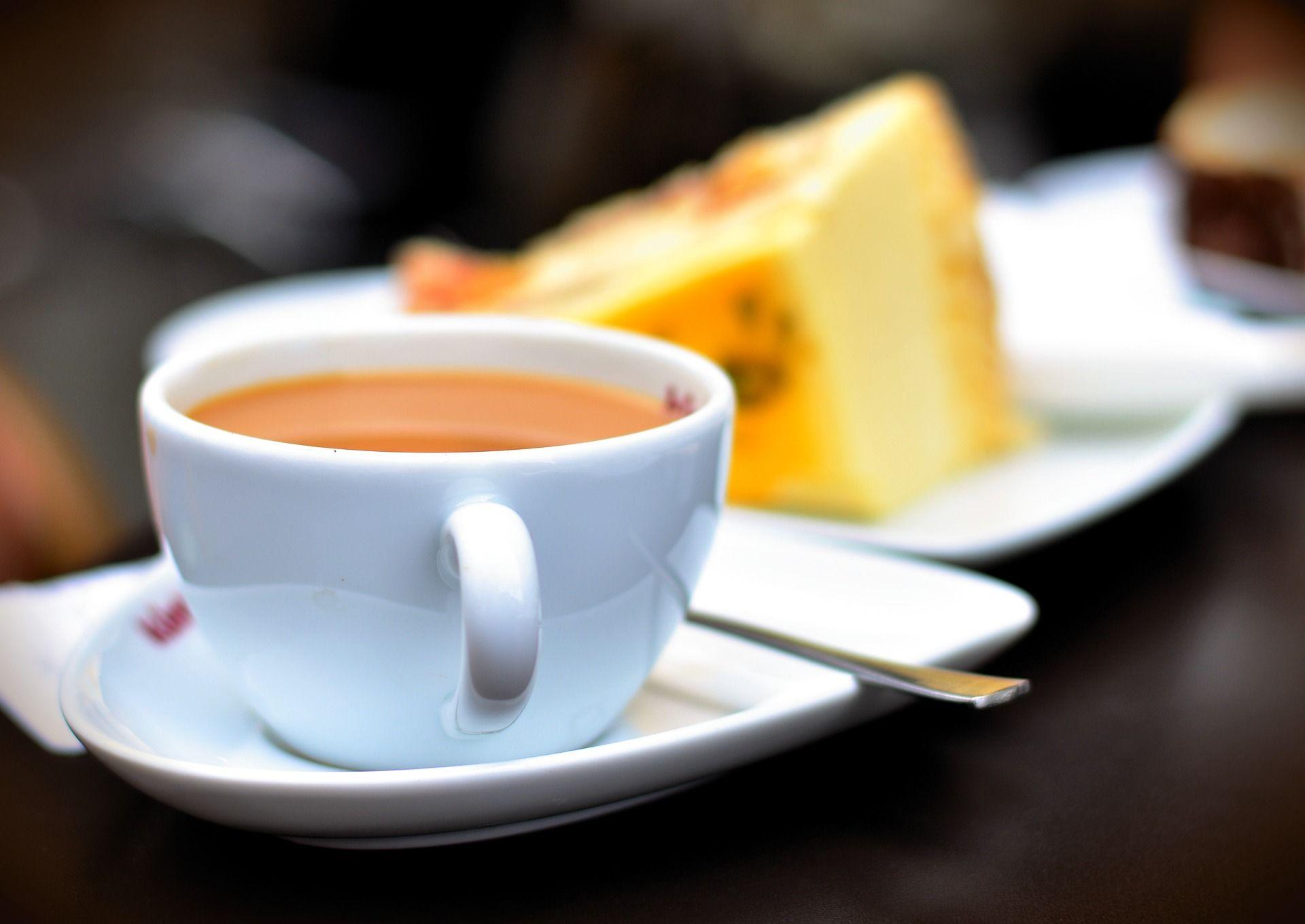 Cafés und Eiscafés und Bars